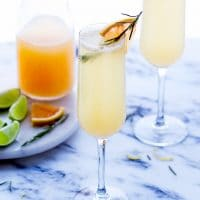 grapefruit-prosecco-mimosa-cocktail