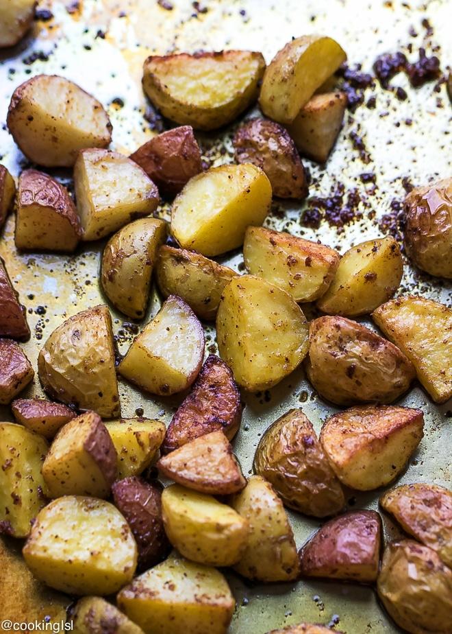 easy-turmeric-roasted-potatoes