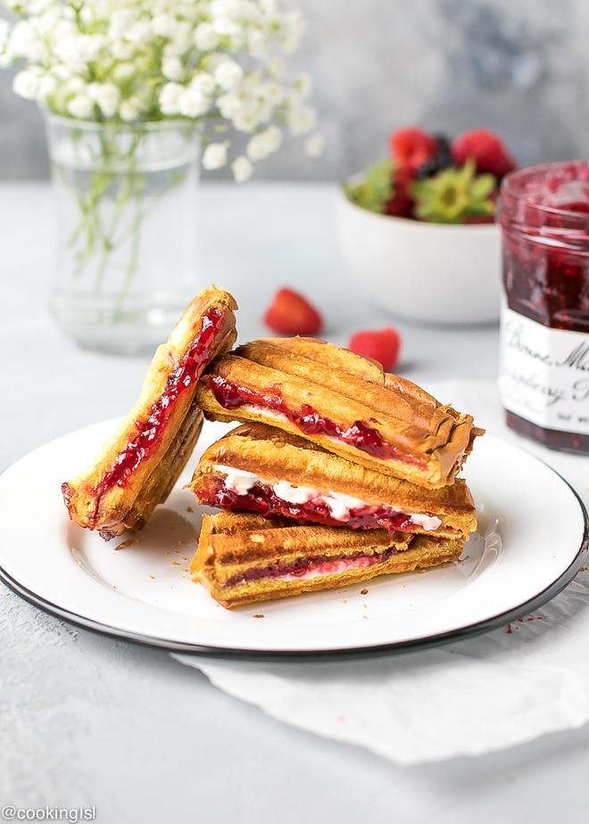 Sweet Raspberry Panini - Cooking LSL
