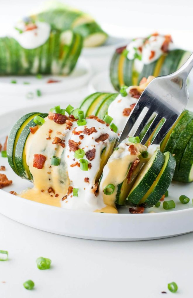 loaded-hasselback-zucchini-recipe-PEASandCRAYONS