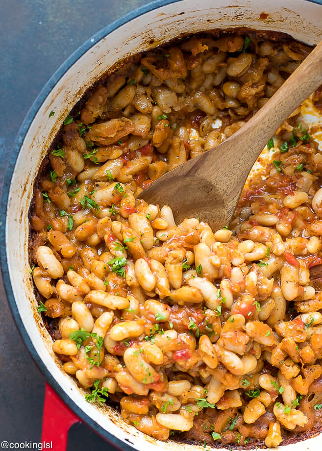 Easy bulgarian baked beans recipe vegetarian cooking lsl easy bulgarian baked beans recipe forumfinder Choice Image