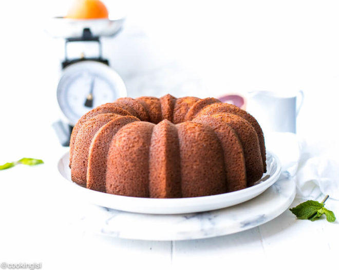 Easy Blood Orange Bundt Cake Recipe- how to take out a pound cake from a bundt pan. Tips ad tricks.