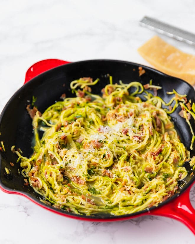 Low-Carb Zucchini Carbonara in a cast iron skillet