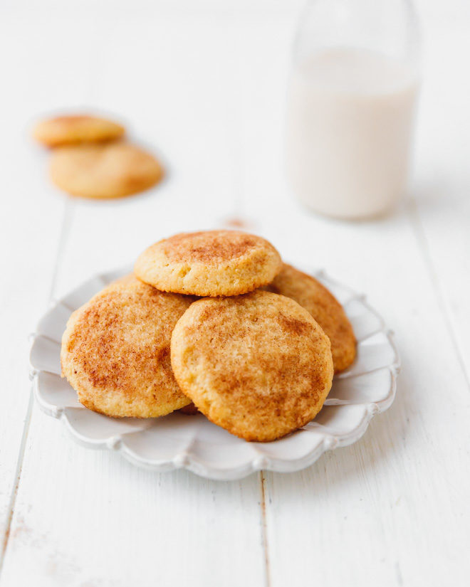 Low-carb snickerdoodles on a plate