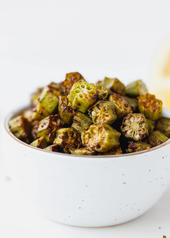 Oven baked sliced okra in a bowl